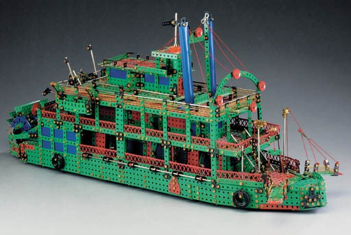 A Märklin constructor assemble