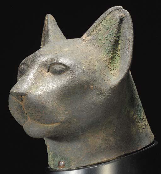 A LARGE EGYPTIAN BRONZE HEAD O
