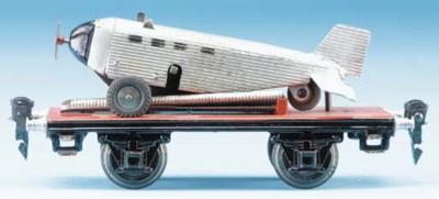 A  Märklin 17080 Flat Wagon wi