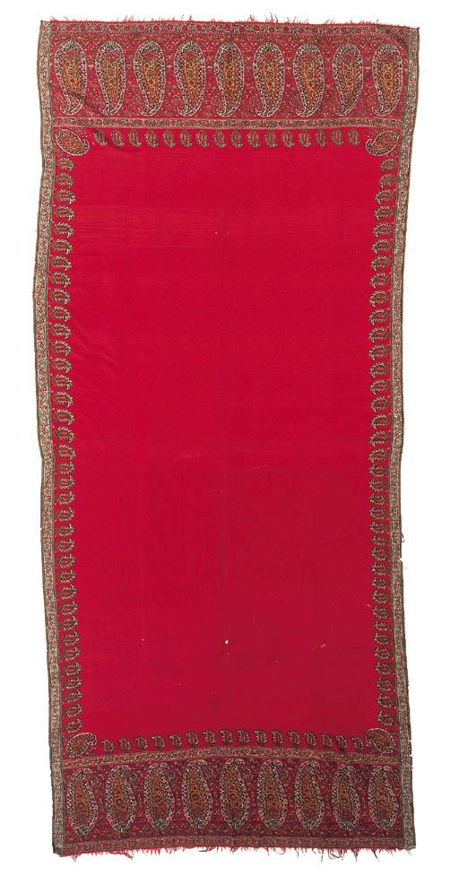 A long shawl of scarlet jamawa