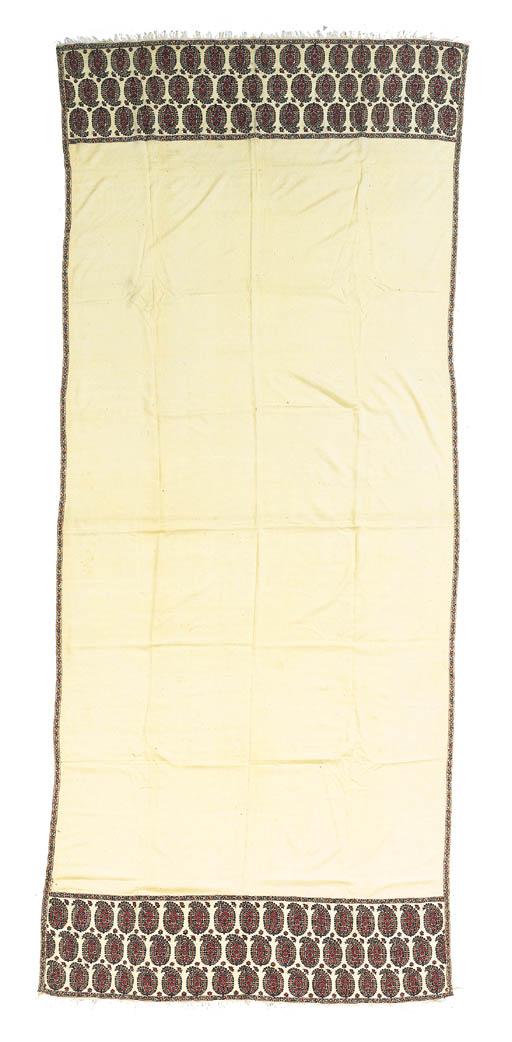 A long shawl of ivory pashmina