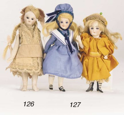 An all-bisque doll