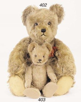 A Schuco yes/no teddy bear
