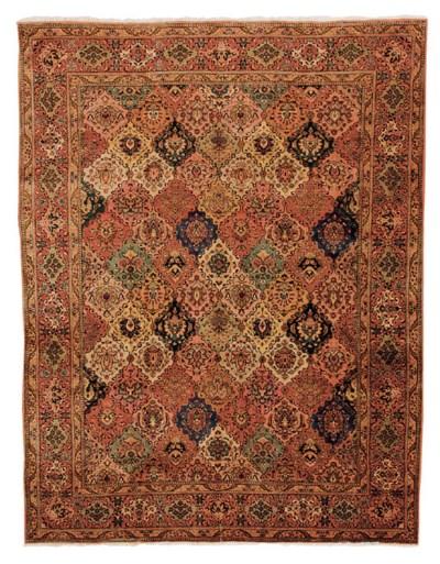 A Tabriz Khoshbuff carpet, Nor