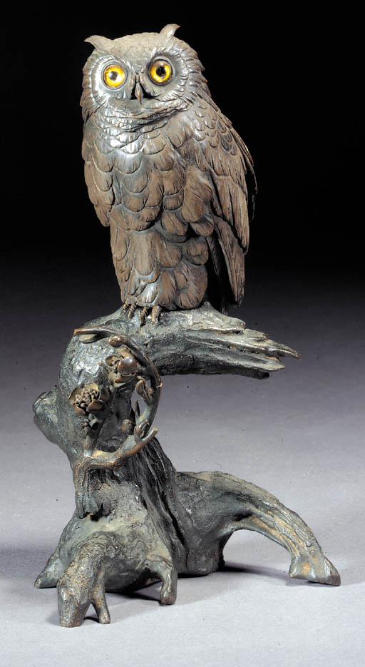 A bronze model of an owl Meiji