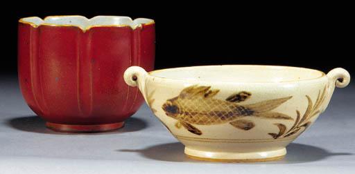 Six Charles Vyse stoneware bow