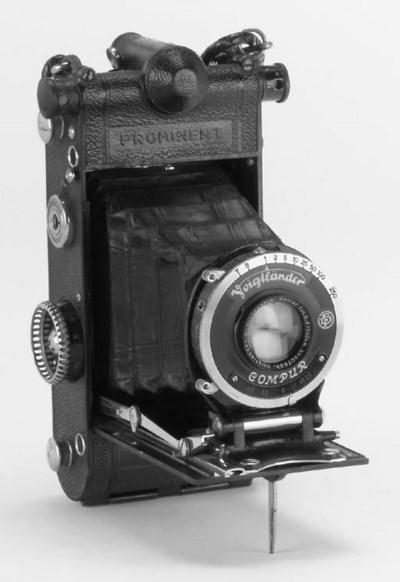 Prominent camera no. D965597
