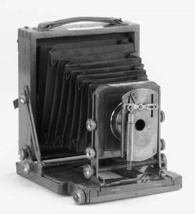 Instantograph field camera