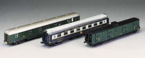 Gauge O two-rail electric mode