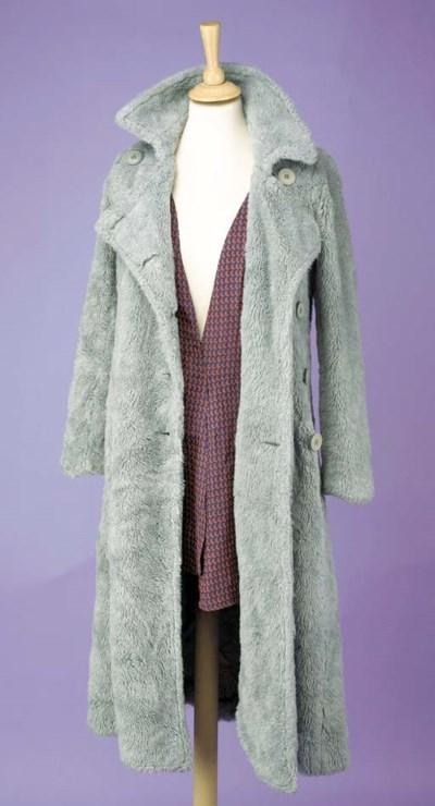 A grey deep plush overcoat, la