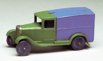 A pre-war Hornby Series green