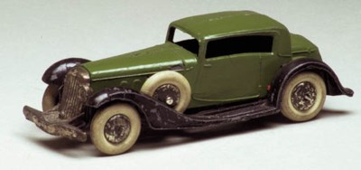 A pre-war Dinky green and blac