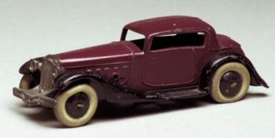 A pre-war Dinky maroon and bla