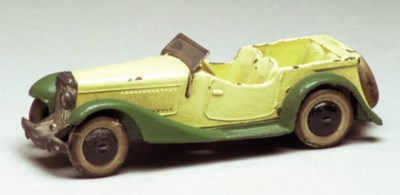 A pre-war Dinky cream and gree