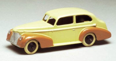 A Dinky US-issue two-tone crea