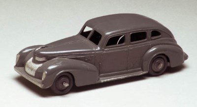 Dinky 39e Chrysler Royal Sedan