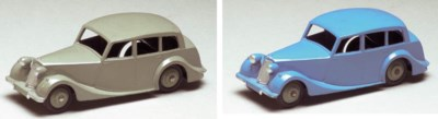 Dinky 151 Triumph 1800 Saloons