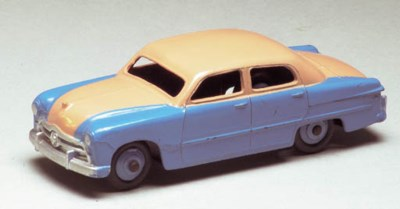 Dinky 170 two-tone Ford Fordor