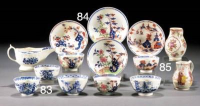 Two Lowestoft teabowls and sau