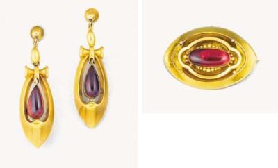 A Victorian gold and garnet de