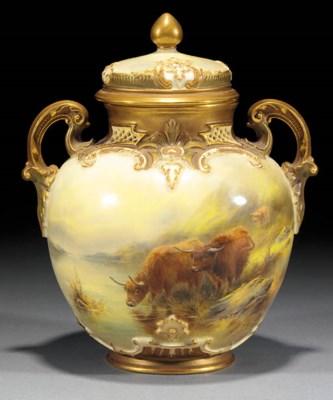 A Royal Worcester pot pourri v