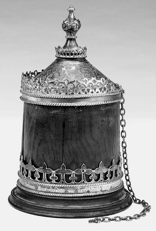 A Victorian silvered metal mou