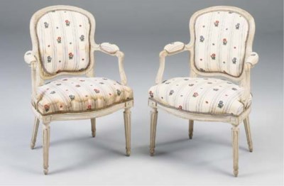 A PAIR OF LOUIS XV WHITE PAINT