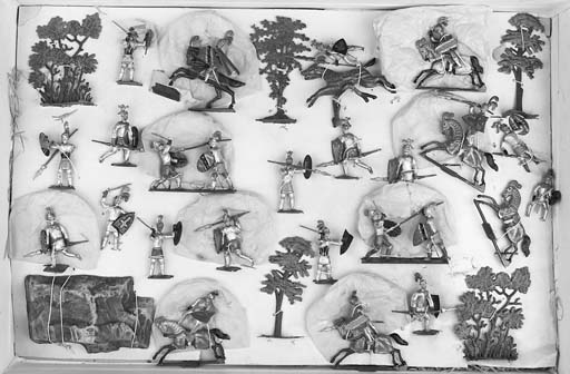 Heyde 45mm. Scale Medieval Knights in Combat