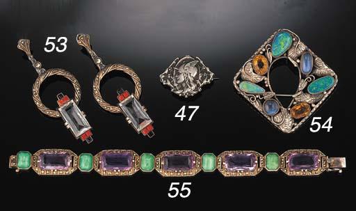 An amethyst and gem bracelet b