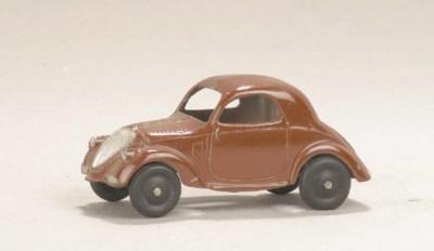 A post-war Dinky brown 35a Sim
