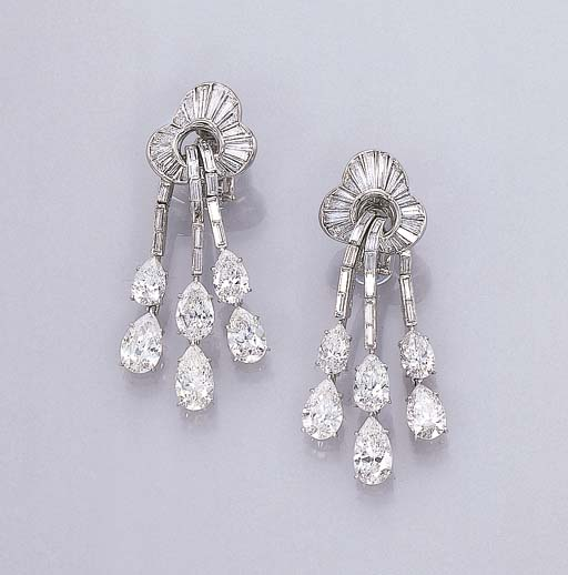 A PAIR OF DELICATE DIAMOND EAR