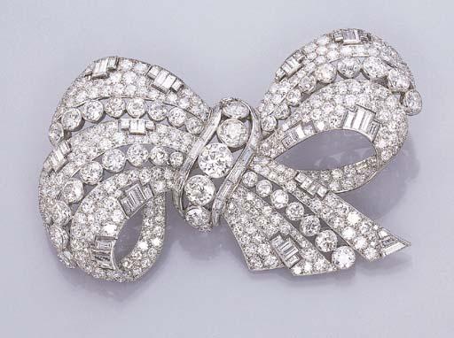 AN IMPRESSIVE DIAMOND RIBBON B