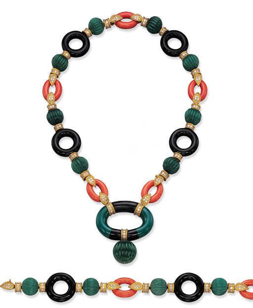 A SUITE OF CHRYSOPRASE, ONYX,