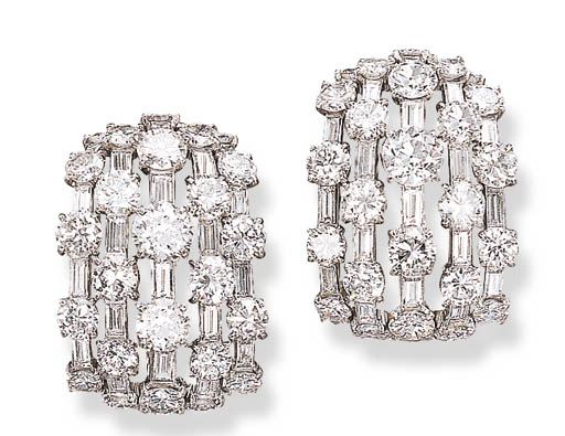 A PAIR OF ATTRACTIVE DIAMOND E