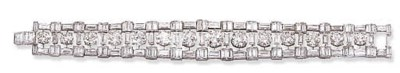 AN IMPORTANT DIAMOND BRACELET