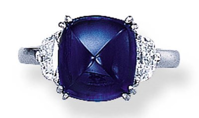 A CABOCHON SAPPHIRE RING