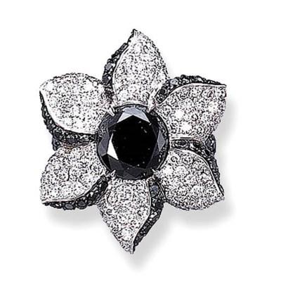 A DIAMOND AND BLACK DIAMOND RI