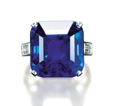 AN EXCEPTIONAL SAPPHIRE RING,