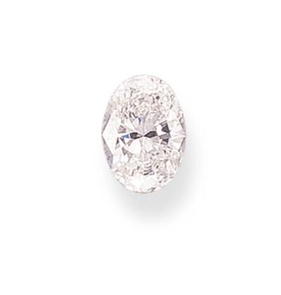 AN UNMOUNTED OVAL-CUT DIAMOND