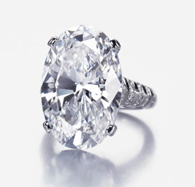 A HIGHLY IMPRESSIVE DIAMOND RI