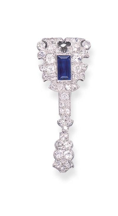 A SAPPHIRE AND DIAMOND JABOT P