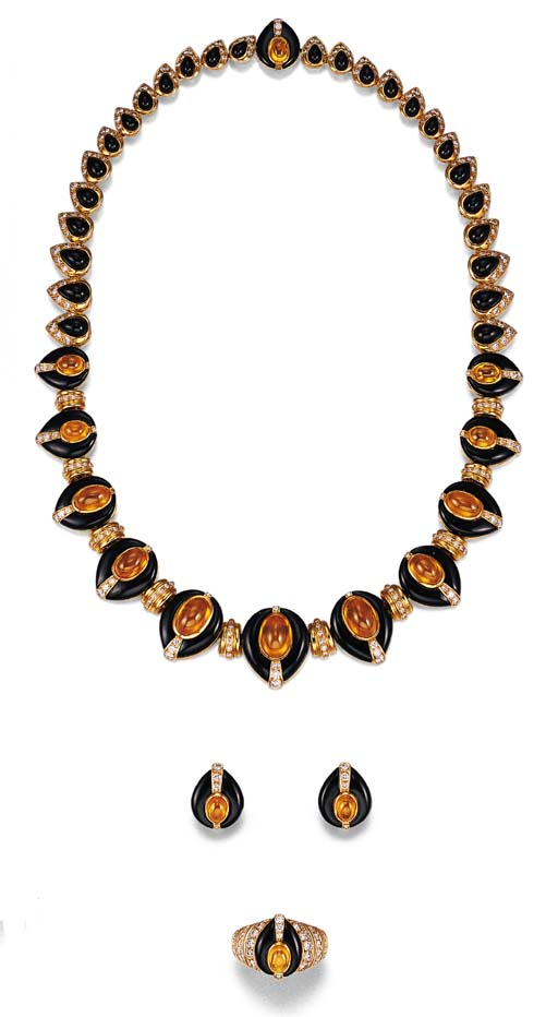 A SUITE OF YELLOW SAPPHIRE, DI