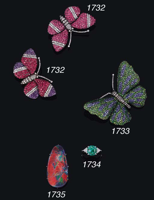 A GEM-SET BUTTERFLY BROOCH