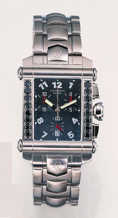 A STAINLESS STEEL AND BLACK DI
