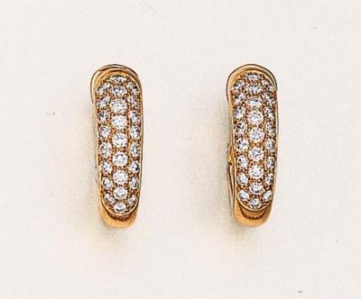 A PAIR OF DIAMOND EARRINGS, BY