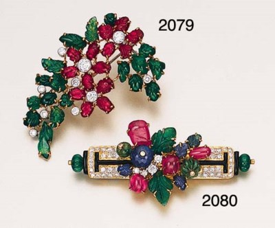A GEM-SET AND DIAMOND BROOCH