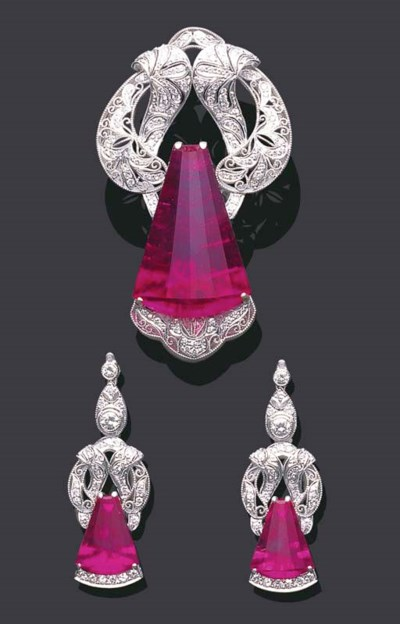 A SET OF RUBELLITE AND DIAMOND