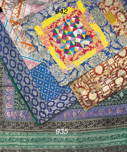 AN INDIAN HANGING OR COVERLET