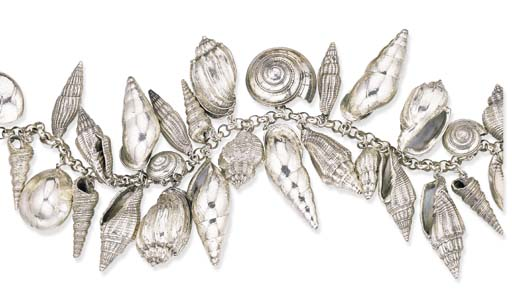A SILVER SHELL NECKLACE, BY PA