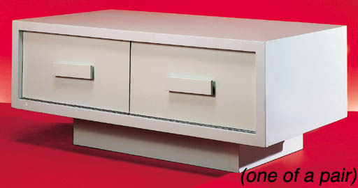 A PAIR OF LACQUERED BEDSIDE CA